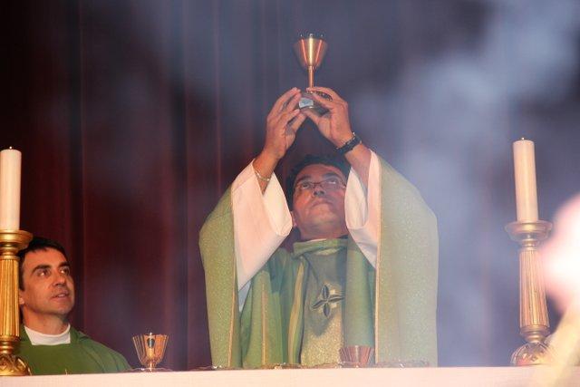 Fr. Eduardo celebrating Mass
